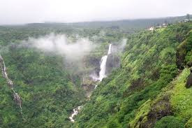 Lingamala Water falls Mahabaleshwar